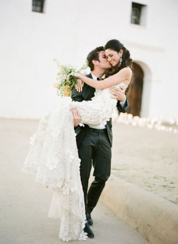 Picture Of stunning wedding dresses with trains  15