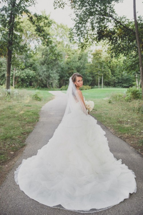 Stunning Wedding Dresses With Trains