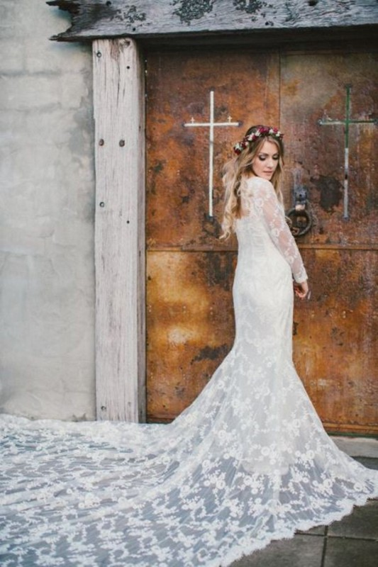 Picture Of stunning wedding dresses with trains  28