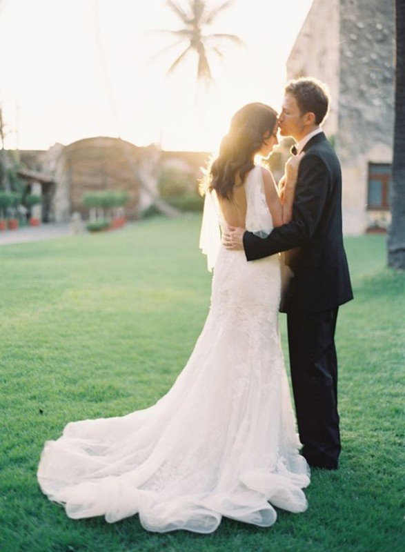Picture Of stunning wedding dresses with trains  30