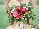 a bold fall wedding bouquet