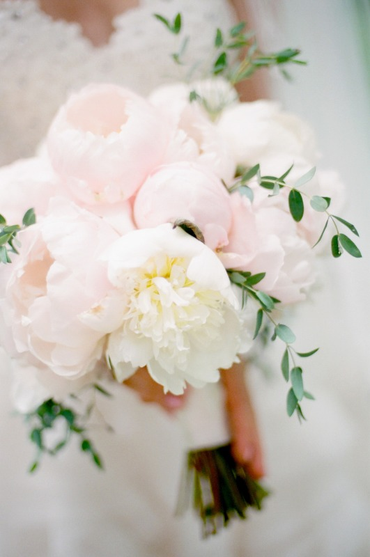 a blush peony wedding bouquet with greenery is a lovely and inspiring idea for a pastel spring or summer wedding