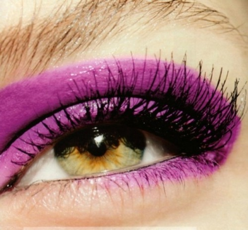radiant orchid someky eyes will be a bold addition to your bridal look at a radiant orchid wedding