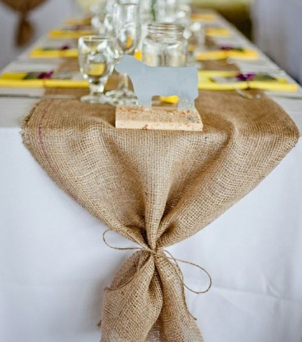 30 Pretty Wedding Table Runner Ideas