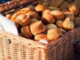 baskets with buns and bakery is a good idea for any rustic celebration