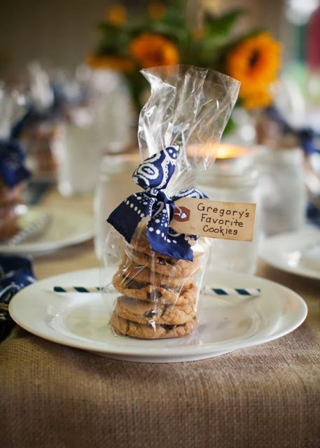 Rustic Styled Rehearsal Dinner Decor Ideas