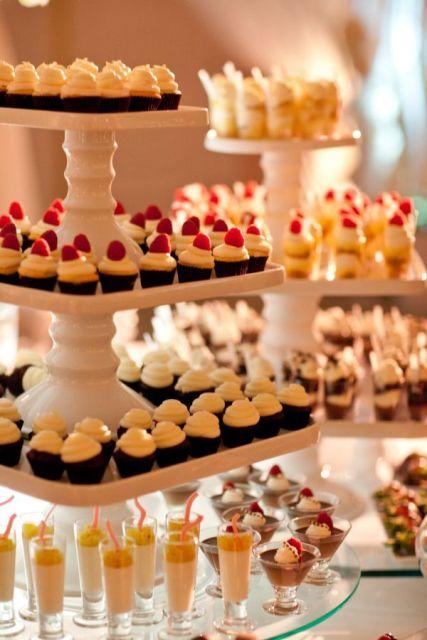 31 Creative Wedding Mini Dessert Stand Ideas Weddingomania