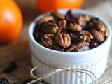 a mix of berries and nuts is a very cool and healthy food wedding favor for the fall and it's very seasonal