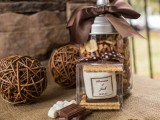 mini smores packs are ideal wedding favors for the fall, winter and Christmas, everyone will be happy to get them