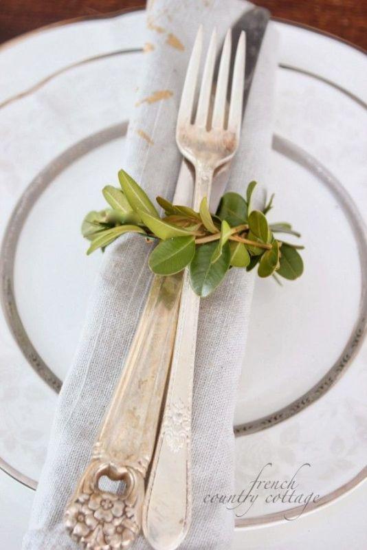 Wonderful Ways To Acсessorize Your Wedding Napkins
