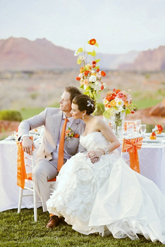 33 cheery orange decor ideas for a summer wedding weddingomania cheery orange wedding ideas junglespirit Images