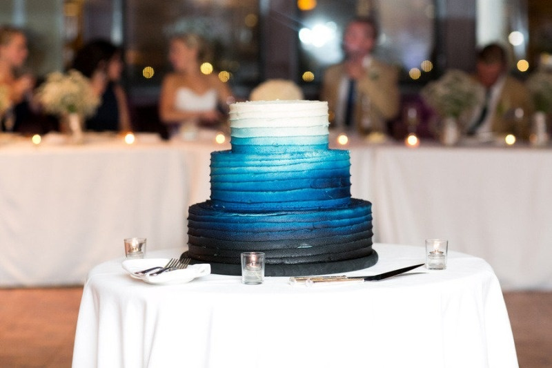 Stunning Blue Wedding Cakes To Get Inspired