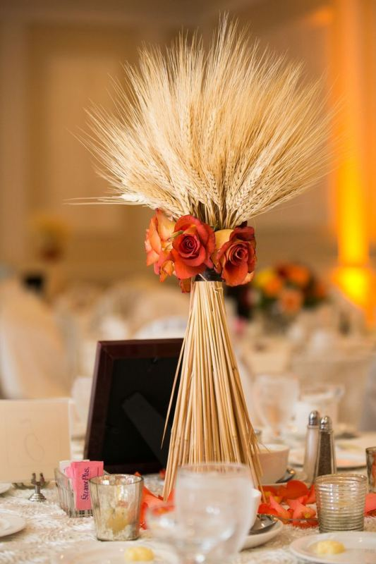Picture Of wheat decor ideas for a rustic country wedding  1
