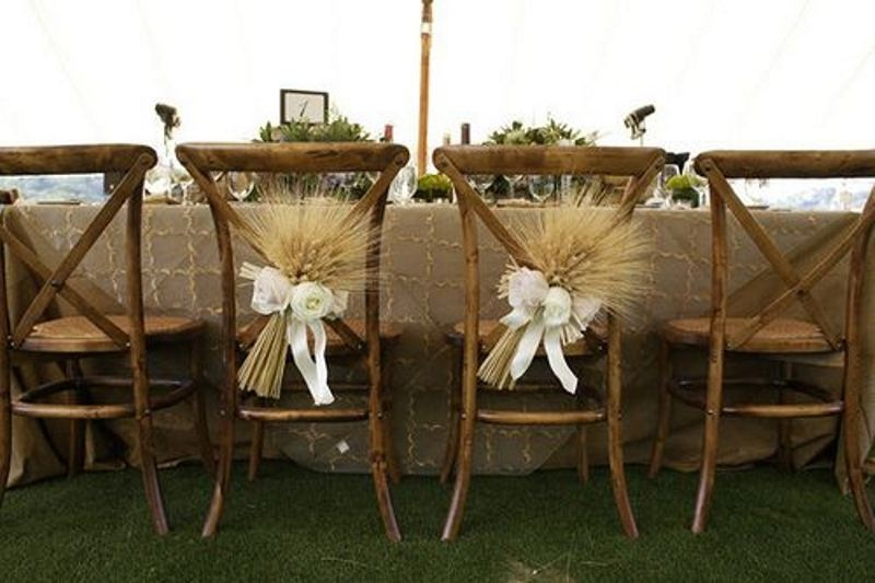 Picture Of wheat decor ideas for a rustic country wedding  11