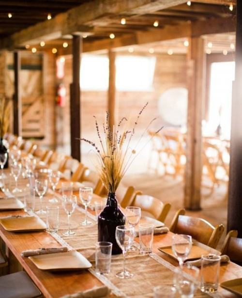Wheat decor ideas for a rustic country wedding