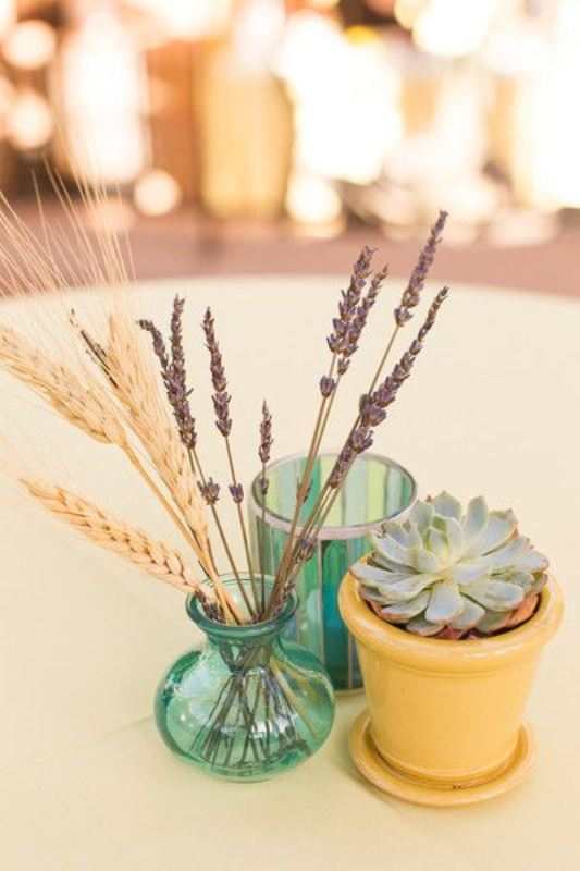 Picture Of wheat decor ideas for a rustic country wedding  8