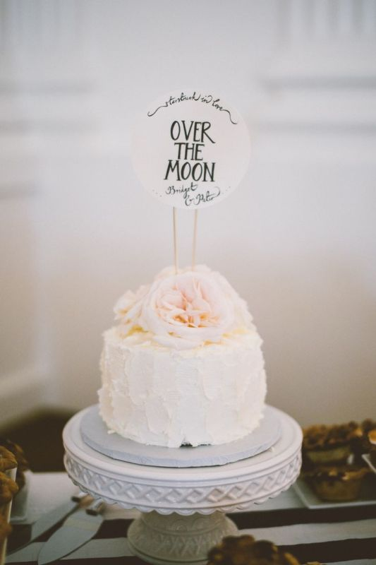 Picture Of Pretty One Tier Wedding Cakes To Get Inspired 4