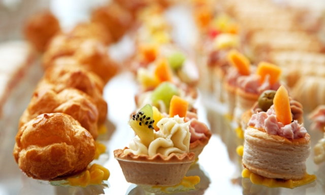 Picture Of Super Tasty Fall Appetizers For Your Wedding Day 7