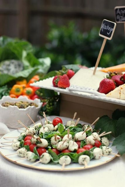 Caprese skewers with balsamic are a refreshing and tasty idea for a fall or any other wedding