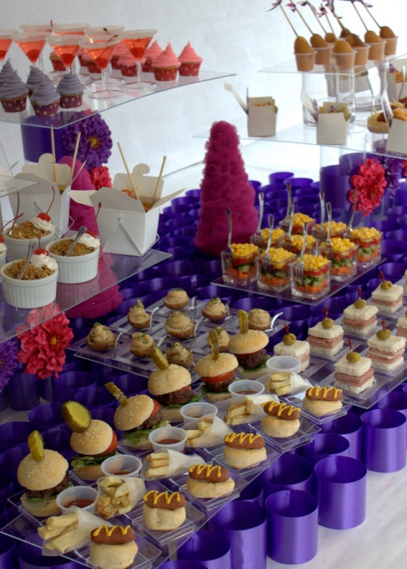 Picture of awesome wedding food bar ideas for any taste for Food bar party ideas