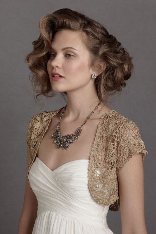 a taupe crochet bolero is a chic coverup idea for a fall or winter bride, you can also DIY it