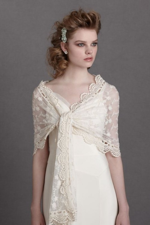 a neutral lace coverup that can be tied up looks pretty and vintage-like, add a touch of romance to your look