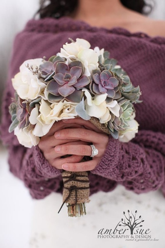 burlap and twine is a timeless bouquet wrap combo for a rustic wedding bouquet