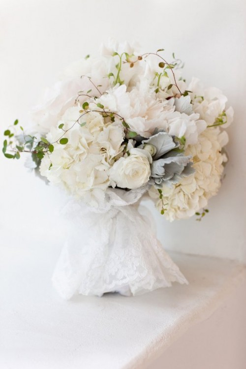 35 Gorgeous Wedding Bouquet Wraps Holders And Handles Ideas Weddingomania