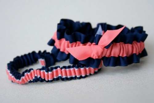 navy and coral garters with bows are a fun and sexy accessory idea to go for