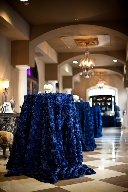 Picture of stunning midnight blue color wedding ideas for Midnight blue centerpieces