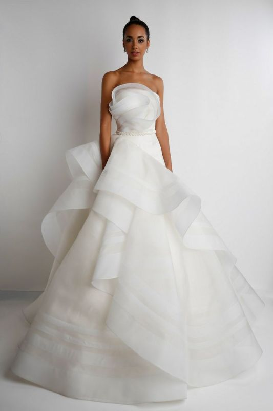 Picture Of stunning wedding dresses to feel like a princess  18