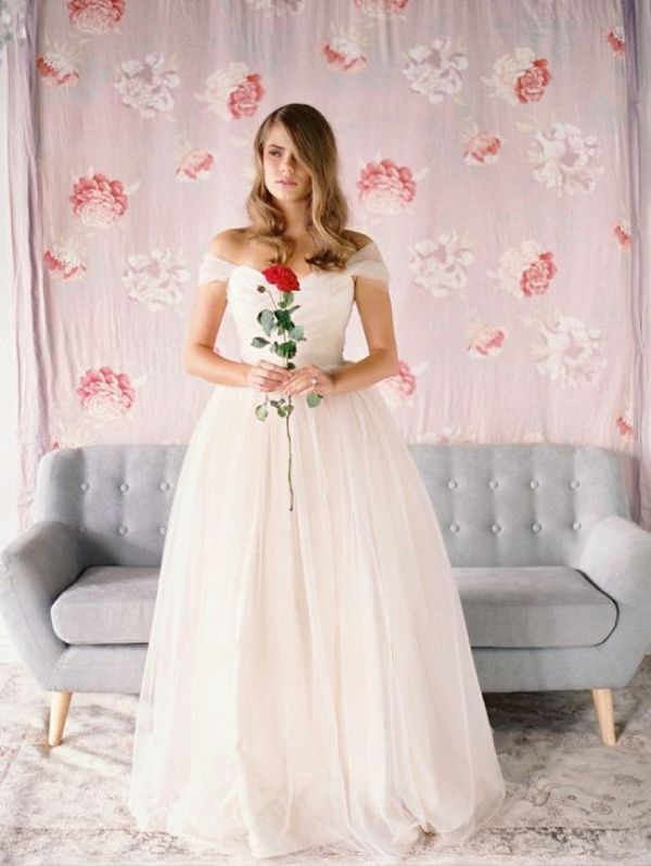 Picture Of stunning wedding dresses to feel like a princess  2