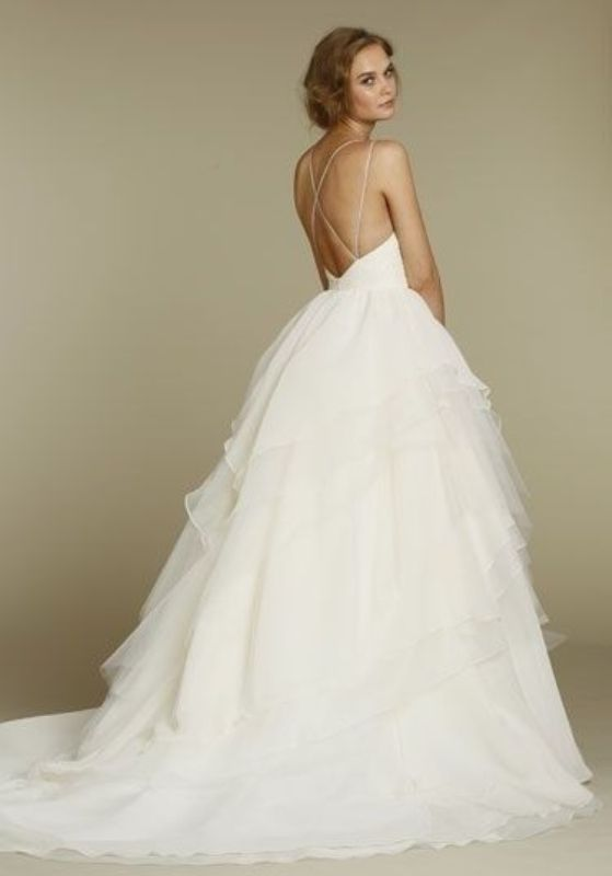 Picture Of stunning wedding dresses to feel like a princess  24