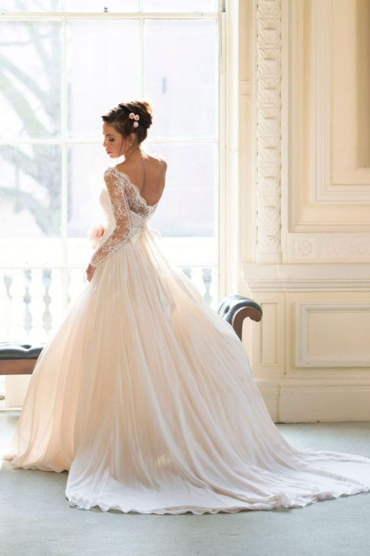 Picture Of stunning wedding dresses to feel like a princess  26
