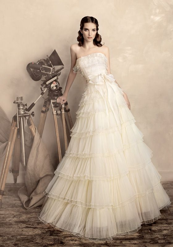 Picture Of stunning wedding dresses to feel like a princess  3