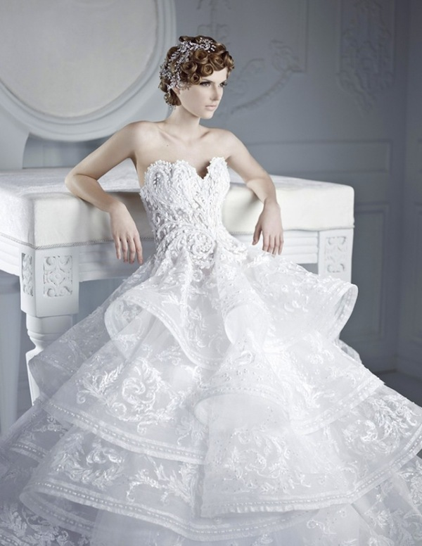 Picture Of stunning wedding dresses to feel like a princess  31