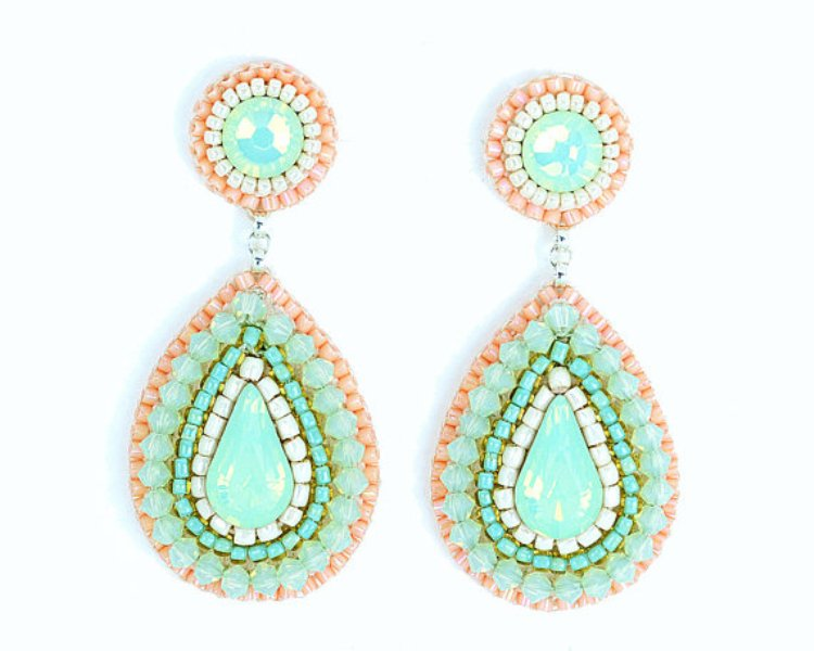 statement mint, creamy and coral earrings will highlight your wedding look
