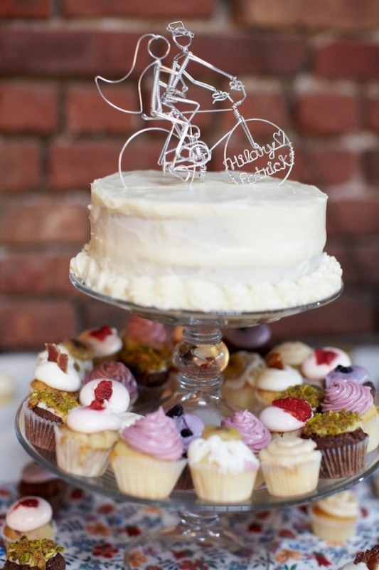 Cool Wedding Cakes 66 Beautiful  Funny And Cute