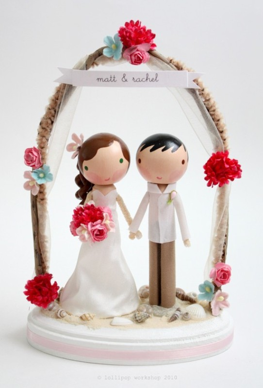 unique cake toppers wedding picture of unique wedding cake toppers 8170