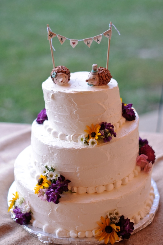cute wedding cake picture of unique wedding cake toppers 13271