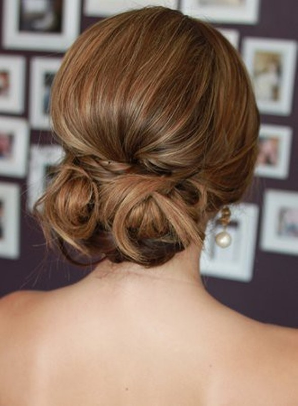 35 amazing wedding hair updo ideas weddingomania wedding updo ideas junglespirit Choice Image