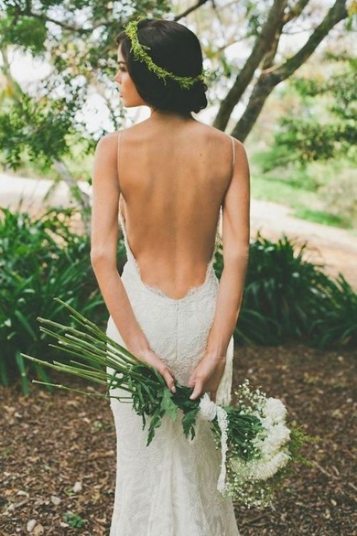 37 Jaw-Dropping Low Back Wedding Dresses