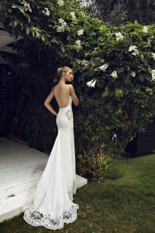 37 Jaw-Dropping Low Back Wedding Dresses - Weddingomania