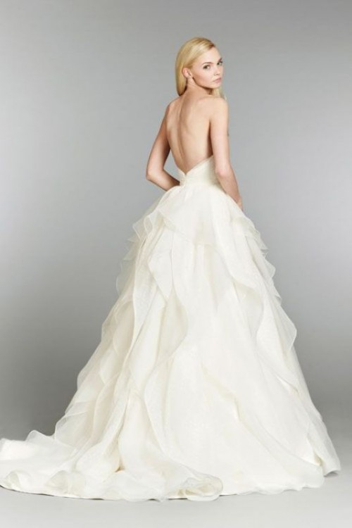 37 jaw dropping low back wedding dresses weddingomania jaw dropping low back wedding dresses junglespirit Images