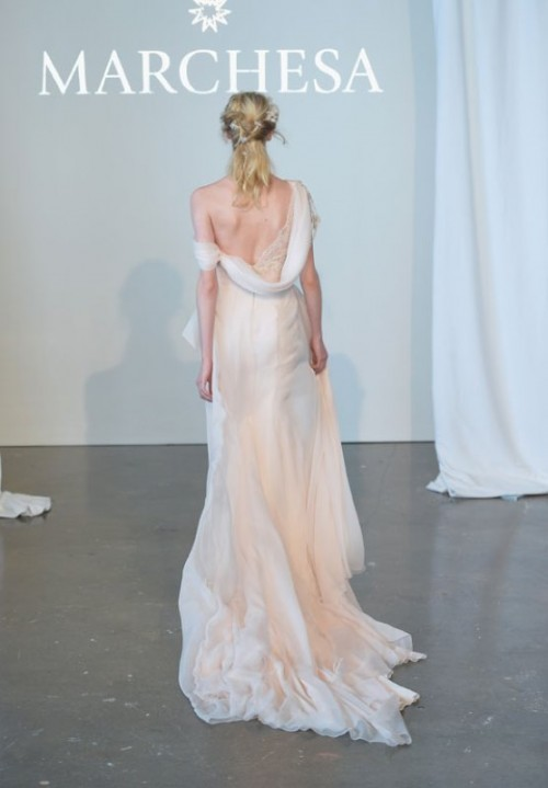 37 Jaw-Dropping Low Back Wedding Dresses - Weddingomania