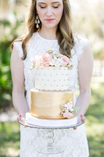 40 Cheerful And Playful Polka Dot Wedding Cakes
