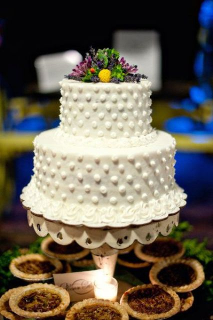 Picture Of Wedding Polka Dot Cakes 3