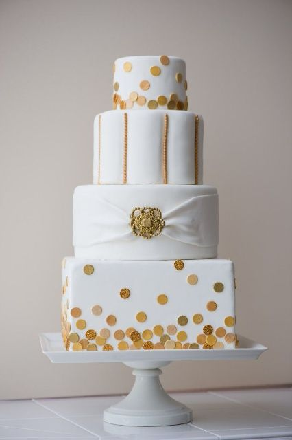 wedding cake with dots 40 cheerful and playful polka dot wedding cakes 26869