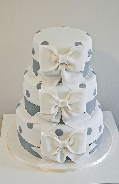 Picture Of Wedding Polka Dot Cakes 37