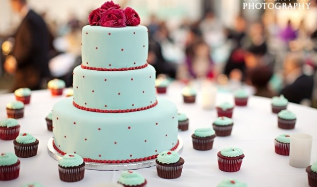 Picture Of Wedding Polka Dot Cakes 7